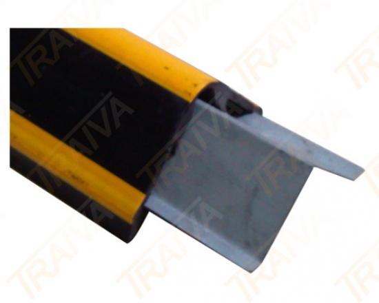 Vytužený gumový profil na rohy