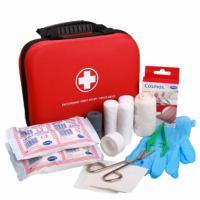Lékárnička přenosná SwissMed s náplní pro domácnost