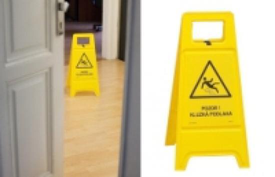 Pozor! Kluzká podlaha