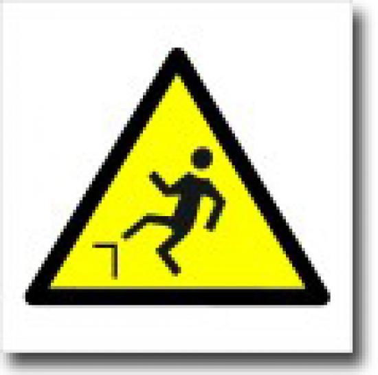Pozor nebezpečí pádu