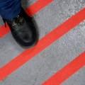 Protiskluzová páska jemnozrná červená PERMAFIX